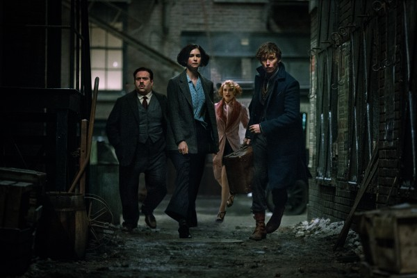 fantastic-beasts-and-where-to-find-them-movie-cast-600x400